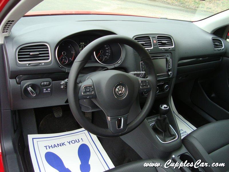 2011 VW Jetta SportWagen 2.0TDI 6MT - www.RossVW.com